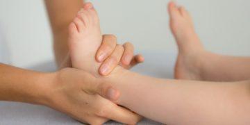 Pourquoi un ostéopathe a t'il besoin de toucher ?